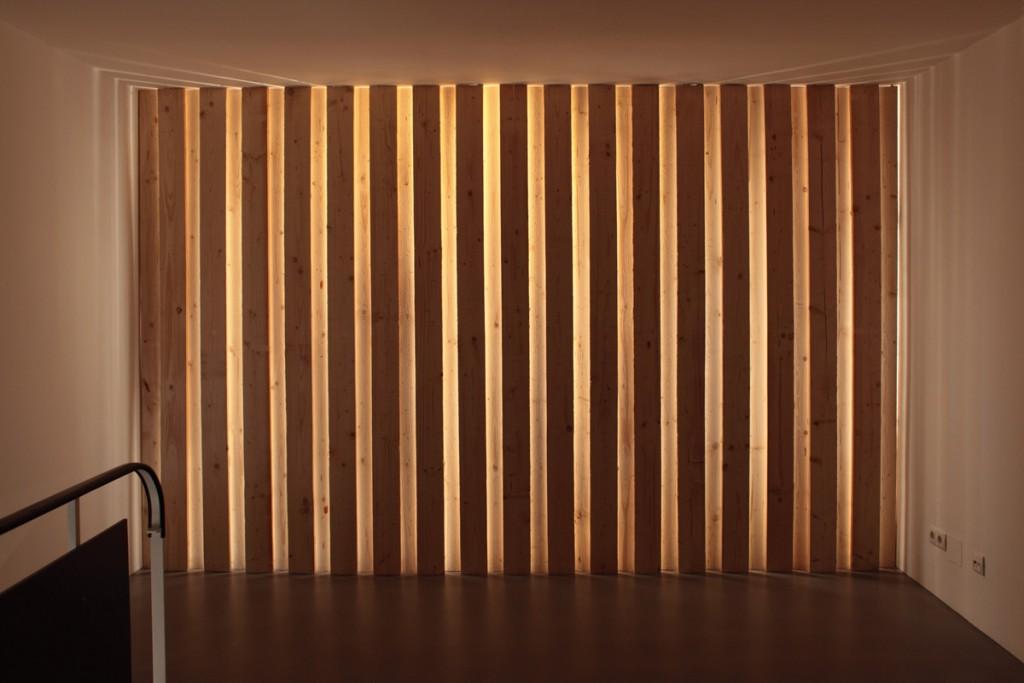 Verbrettert, 2011, Bretter, ca. 250 x 400 cm | Boarded, 2011, boards, about 250 x 400 cm